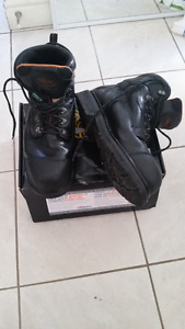 Safety shoes/Boots – Timberline Brand- size 10 MEN-Black Leather