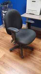 Chaise de bureau / ordinateur