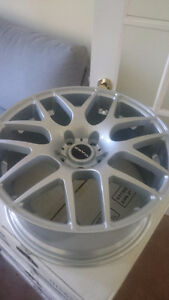 BMW 18in rims (brand new in the box)