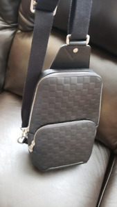 LOUIS VUITTON LV AVENUE SLING BAG SAC MESSENGER NEW LEATHER