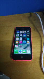10/10 in condition iPhone 5c 16gb - unlocked