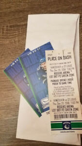 2 VANCOUVER CANUCKS TICKETS AND PARKING PASS