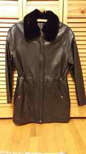 BLACK Danier Leather Jacket WOMEN'S SMALL