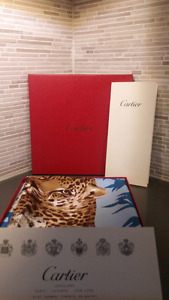 Authentic Cartier Gold Panther silk scarf 90cm×90cm