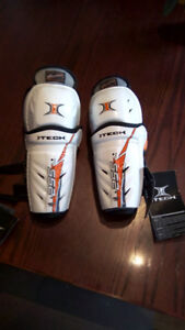 For Sale: Child/Youth Itech Shin Pads Brand New
