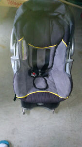 Car seats very cheap