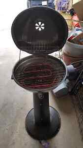 Pedestal outdoor electric grill Kitchener / Waterloo Kitchener Area image 3