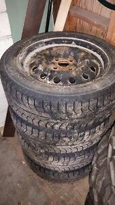 Tires divers et rimes divers (18560R15 + 19565R15)