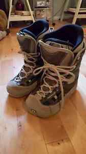Northwave - Size 6.5 **WOMENS SNOWBOARD BOOTS**