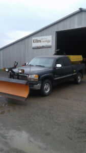 2002 GMC 2500 4x4 pick up with artic snow plow and sander