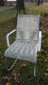 chaise moderne structube