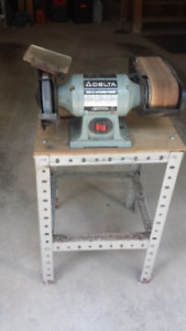 Delta 23-675 Combination BENCH GRINDER AND FINISHER