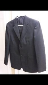 Boys Suit size 18