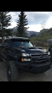 Lifted 2005 Chevrolet duramax Pickup Truck