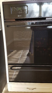 24 Inch Maytag  Single Gas Wall Oven with Broiler