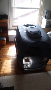 Extra large dog crate. 85$