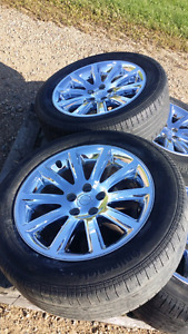 Chrysler 300 or Charger 18 x7.5 rims ( set of 4 )