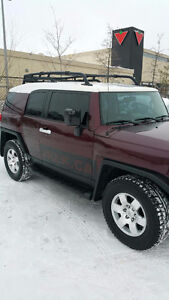 2007 Toyota FJ Cruiser - LOW MILEAGE, MINT CONDITION!