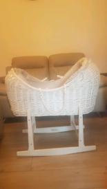 Noahs Pod - Moses basket