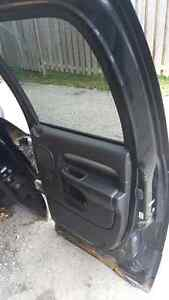 03-07 dodge truck power rear right side REAR door quad cab Kitchener / Waterloo Kitchener Area image 3
