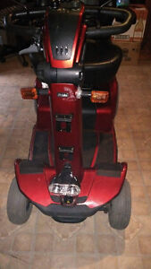 Pride celebrity dx sport scooter Cornwall Ontario image 4