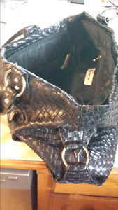 Like New Large tote type Nygard leather purse