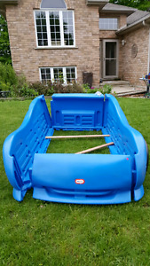Little Tikes bed (sandbox)