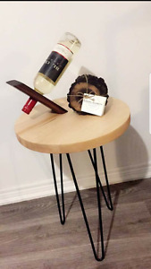 Round end table with hair pins