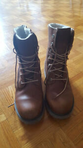 Timberland womens shoes size 6.5