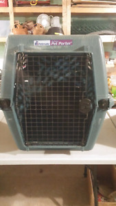 Dog kennel - Deluxe Pet Porter