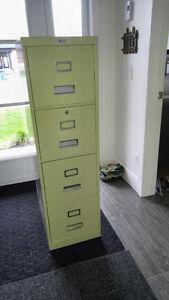 Filière 4 tiroirs en métal pour rangement art. sports garage etc