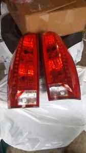 Escalade taillights with bulbs