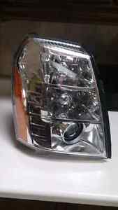 2013 Escalade rt passenger side headlight