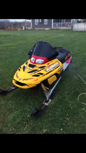 2002 MXZ 800 for sale or trade