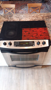 GE stainless Stove must sell