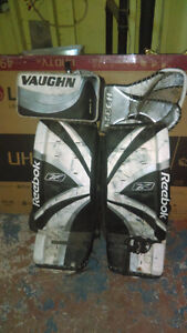 Goalie gear for sale! 32'' pads