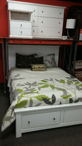 ASHLEY FURNITURE WHITE 6 PC BEDROOM SET!!!! - PRICED TO CLEAR