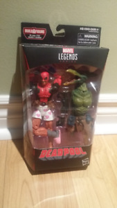 Marvel Legends Deadpool w Boxers Brand New, Sealed Sauron BAF