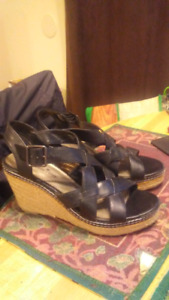 Montego Bay Club wedge shoes