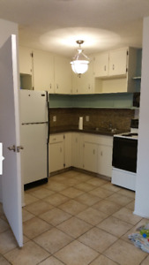 2 Bdrm Apartment FOR SALE or RENT available July 1