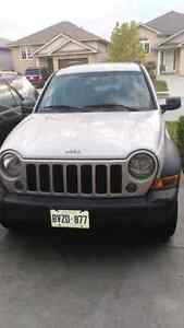 2006 jeep liberty 4x4 just E Tested