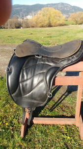 Harmony Element  saddle