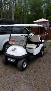 2006 Gold Cart - Club Car with brand new batteries