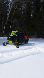2014 Skidoo Summit SP 600 Etec