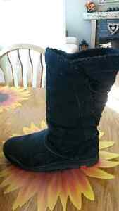 Ladies Reebok Winter Boots
