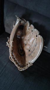 gant de baseball pour les tout-petits