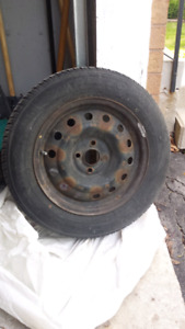 185 65R15, 4 tires with rims