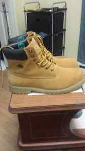 Lugz boot Size 12. Price for quick sell