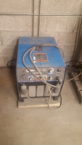 Miller Shopmate 300DX - Welding machine