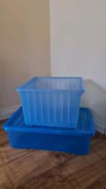 2 Storage boxes/ toy storage/ basket